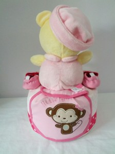 1Tier-DiaperCakesSingapore-BabyGifts-WinnieThePooh-Girl-Arissa-2