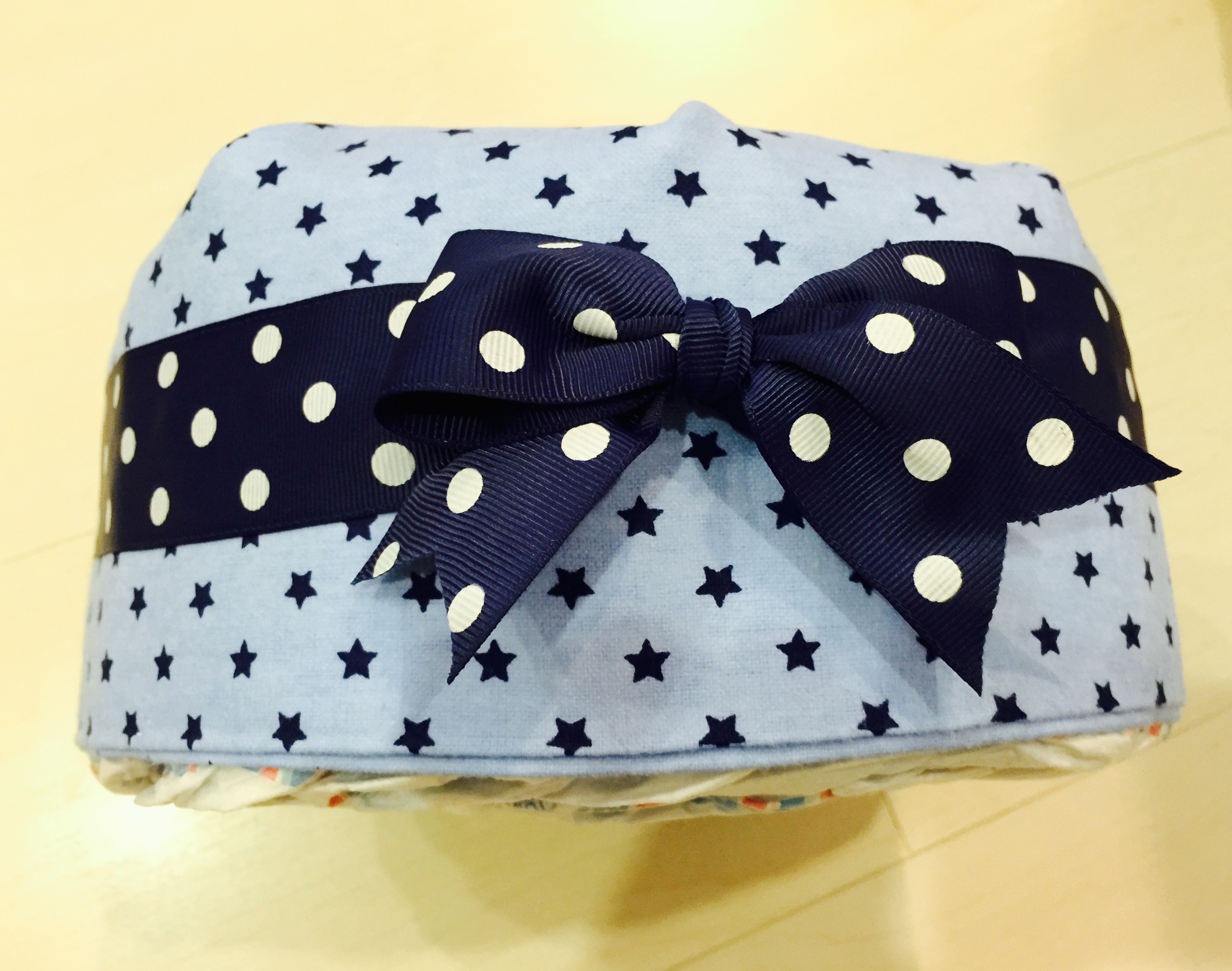 How to make a diaper cake 5