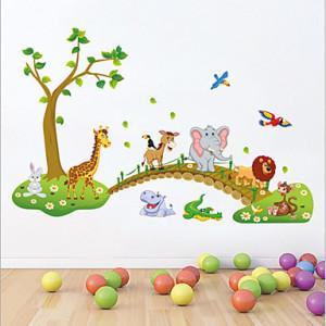 animal-cartoon-wall-baby-shower-decoration-ideas