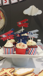 airplane-cupcake-toppers