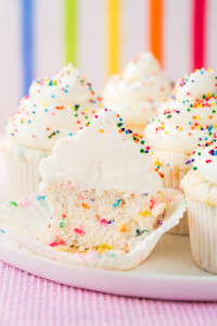 rainbow-sprinkle-cupcakes